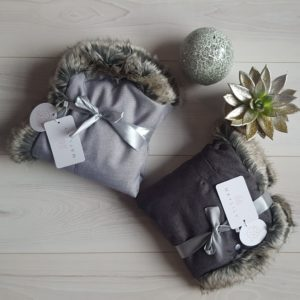 Muff za voziček z eko krznom – Light Grey