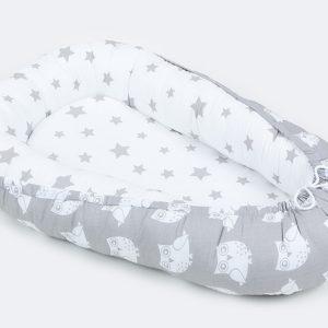 Kokon (gnezdece) belo, sivo z velikimi zvezdicami in sovami